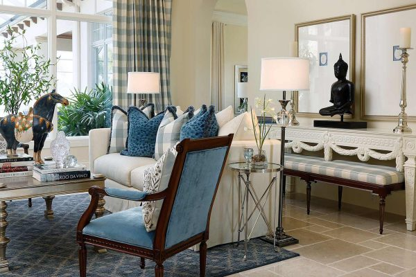 living-room_brentano_fullWidth